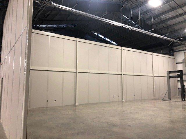Tall-Modular-Walls