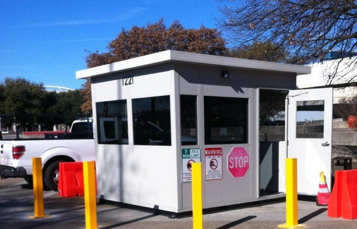 parking-attendant-booth-e1603808839945
