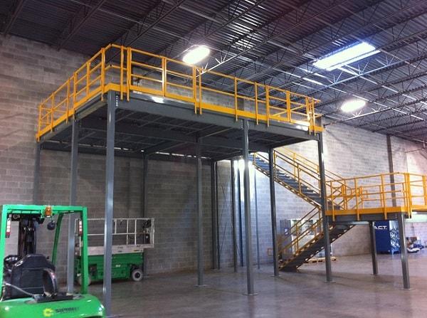 14ft High Equipment Platform